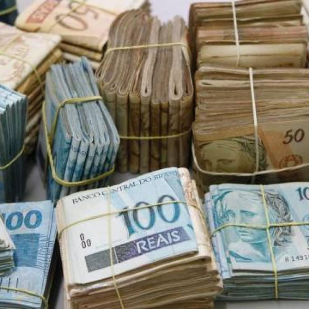 Furto em residência dá prejuízo de 20 mil à família em Jaraguá